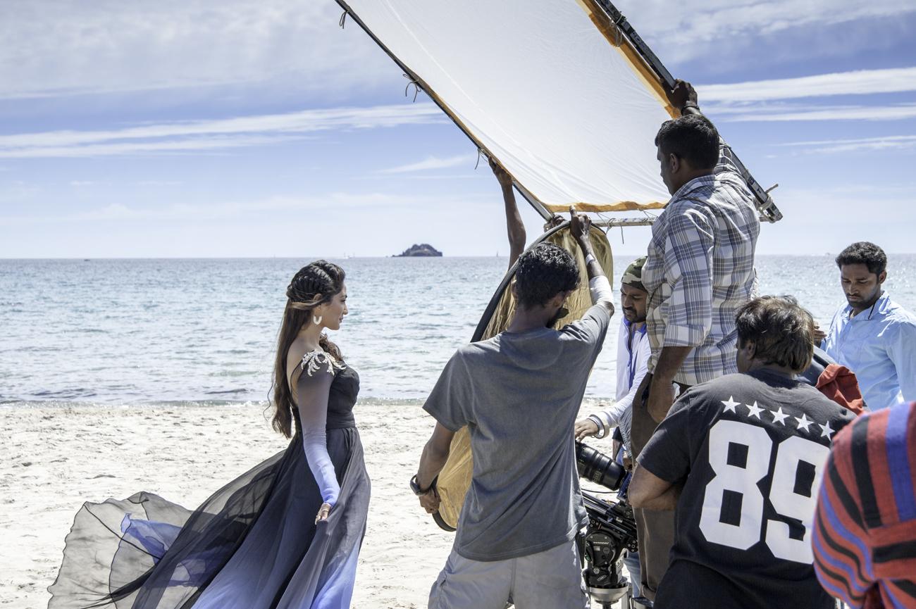 ARTICle CINEMA - JAGUAR : le tournage d'un film indien en France
