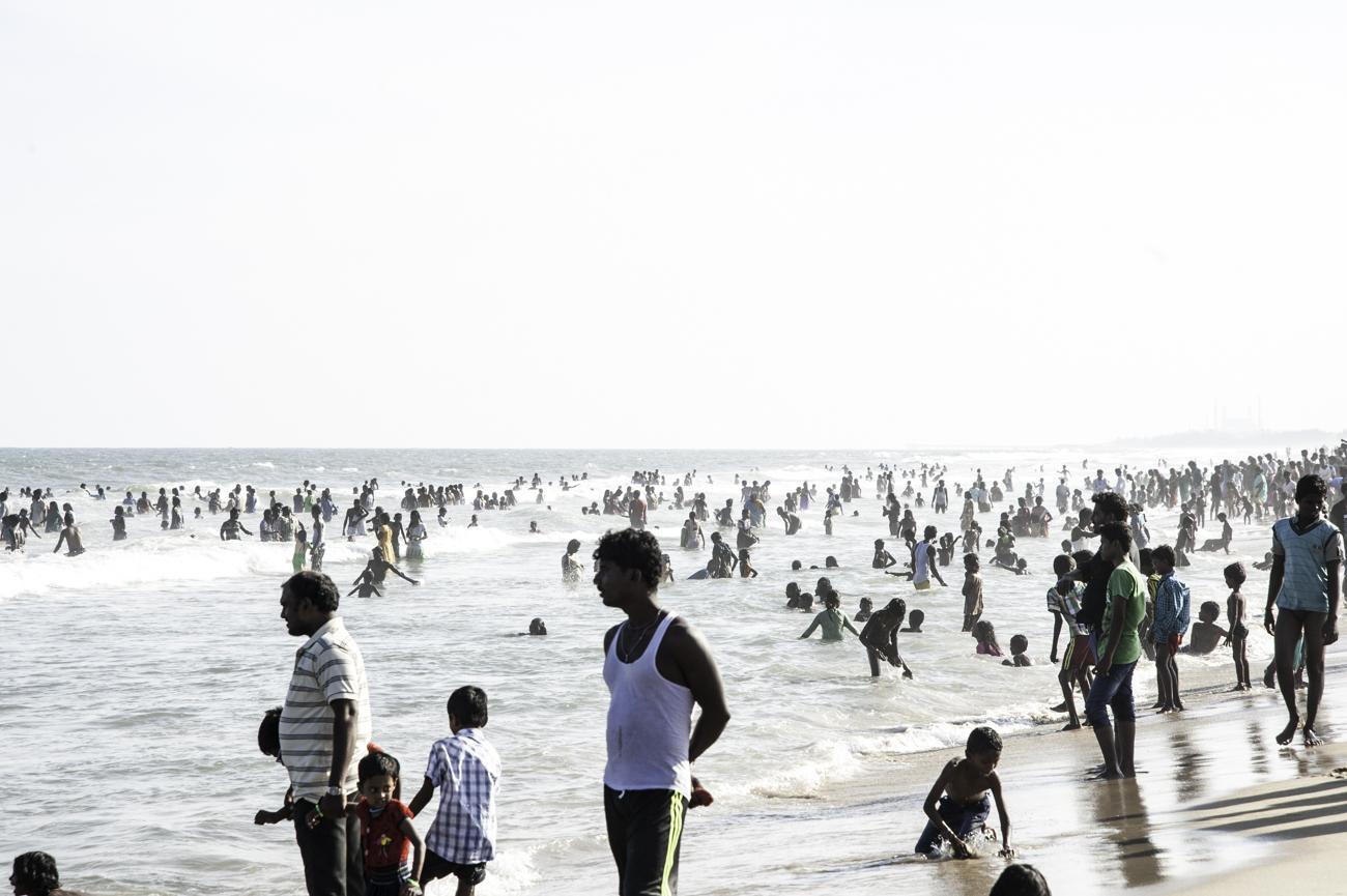 Décor de rue... la plage de Mallalapuram se rempli de monde le week end.