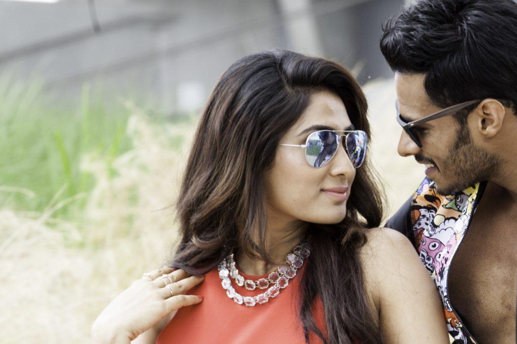 Les deux acteurs principaux du film Jaguar : Deepti Sati et Nikhil Gowda
