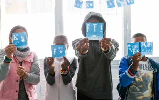 Atelier cyanotype au centre social et culturel 13 pour tous
